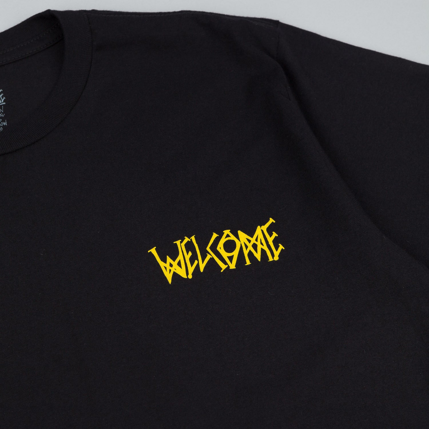 Welcome Tasmanian T-Shirt - Black / Yellow