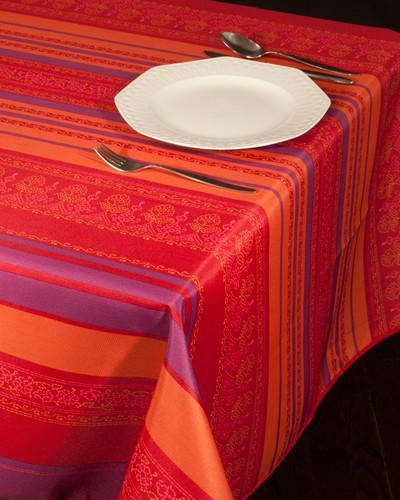 Tablecloth Red Arabesque - CLICK IN RED