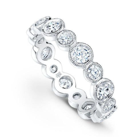 Alternating Round Bezel Diamond Band