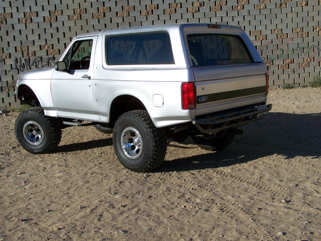 "Off Road Bumpers F150 >> 80-96 Ford Bronco 3"" Bulge Off Road Fiberglass Bedsides – McNeil Racing Inc"