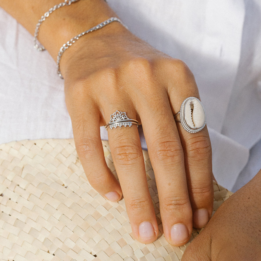 Bague Ring Rings Bagues Jewelry Jewellery Bijoux Montreal Quebec Canada Sterling Silver Argent Gold Or 10k 14k Karat Carats Carat Handmade Handcrafted Fair price Durable Sustainable Ethical Fashion Accessories Accessory Style Styling Layering Layers Trendy Stylish Styled Minimalist Boho Simple Delicate Statement Bold Chunky Affordable Pearl Gem Gift ideas Luxury Bachelorette Occupation Double Instagram Fashion Tiktok
