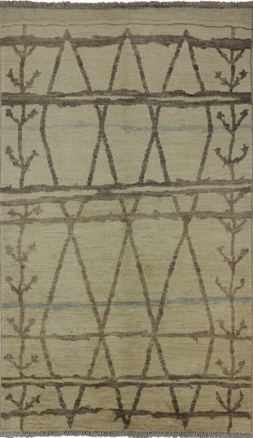 Hand Knotted Moroccan Area Rug 5 X 8