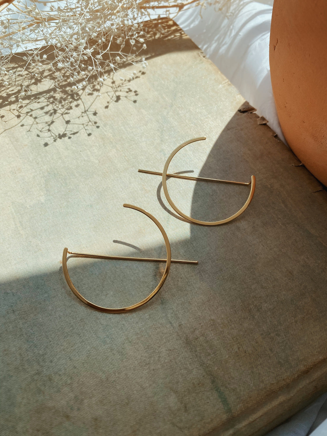 Charlie Abstract Hoops