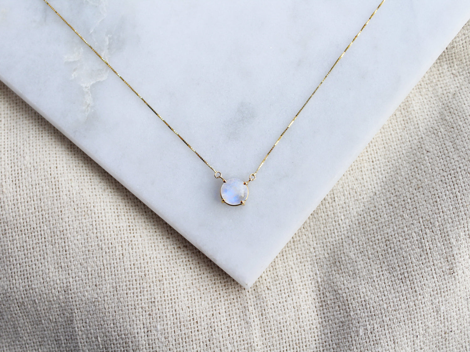 Solitaire Round Moonstone Necklace