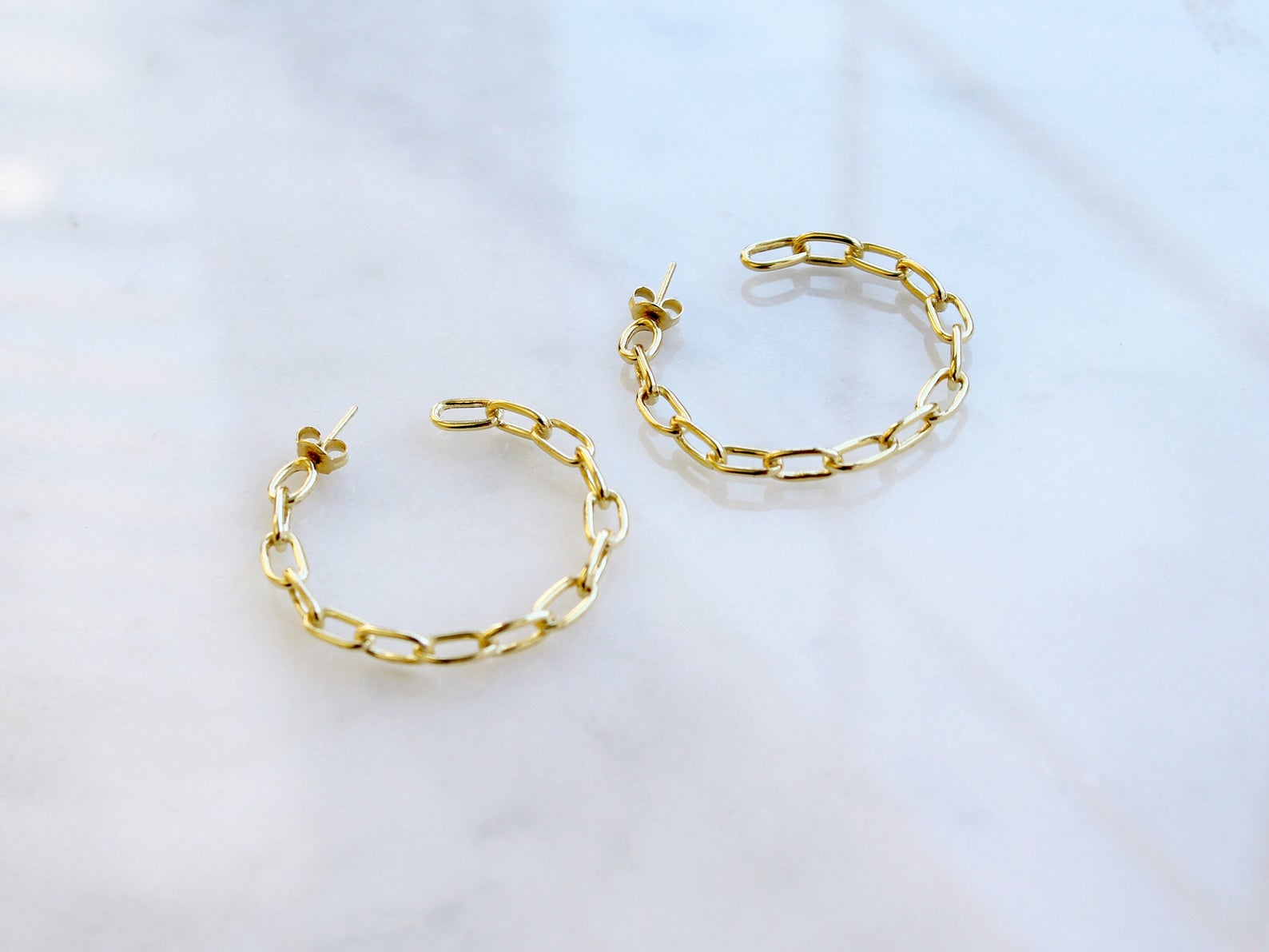 Oval Chain Link Hoops