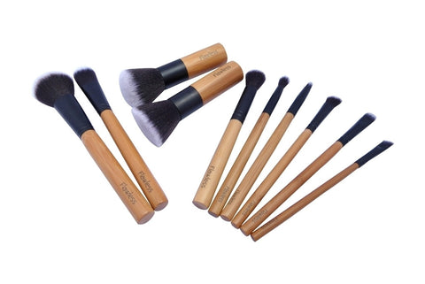 10 piece professional makeup brush set by Flawless - Vegan, affordable and with free worldwide shipping