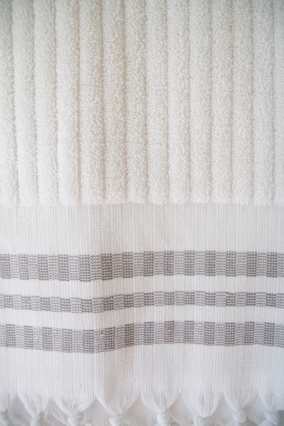 Wevist Luxe Organic Cotton in White Striped