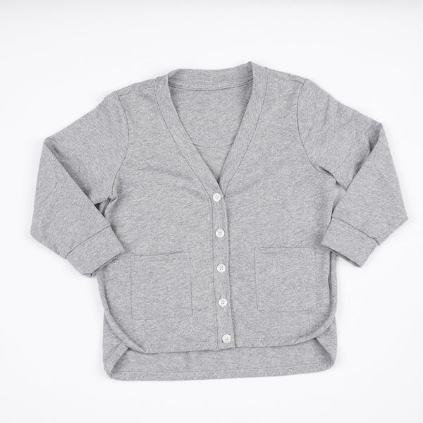 kids grey cardigan with front pockets, button closure, elbow patches and side binding detail