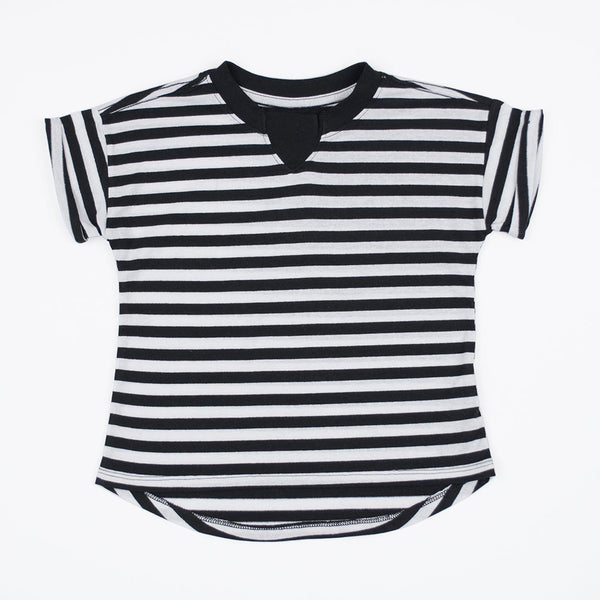 kids oversized black and white striped t-shirt with rib inset at neck, rolled sleeves hem and dropped back hem