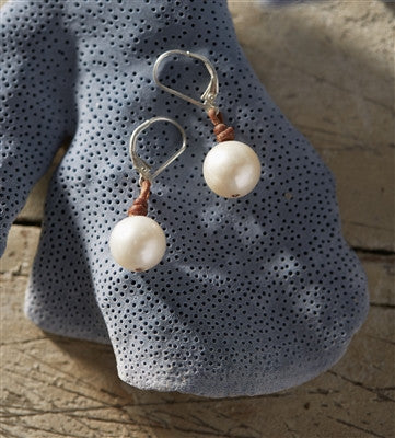 Coastal Single Freshwater Earrings White