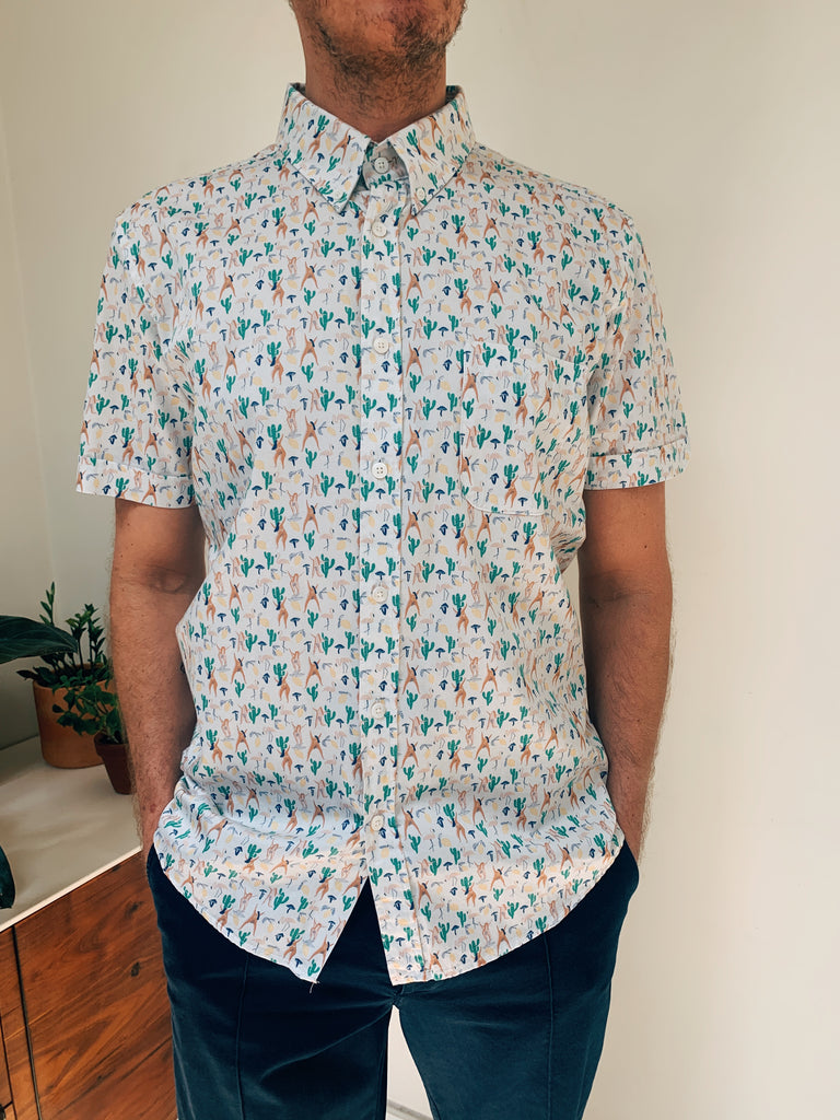 Mod Button Down S/S Shirt in Hippies Print