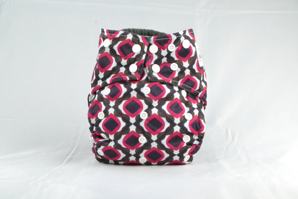 Earthlie Cloth Diaper - Red & Black
