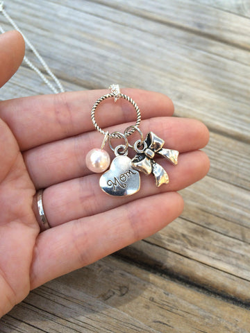 Pearl Mom and Bow Necklace