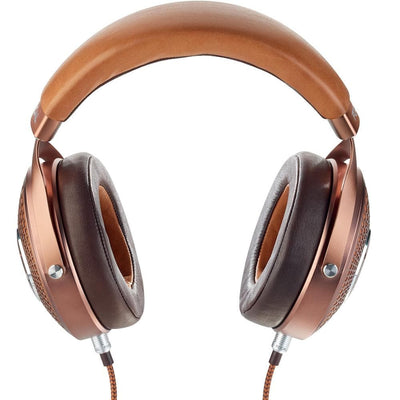 Stellia uses top quality leather headband and ear pads