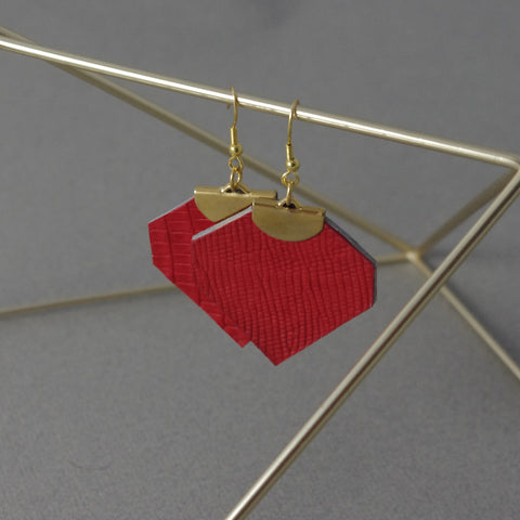 Red Léanne Earrings | Boucles d'oreilles Léanne rouge