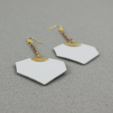 Long White Léanne Earrings | Boucles d'oreilles Léanne blanches longues
