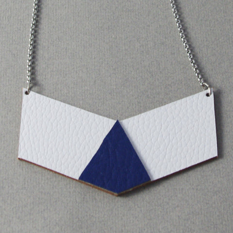 Blue Leather and Stainless Steel Chain Maïté Necklace  | Collier Maïté bleu chaîne acier inoxydable