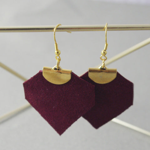 Burgundy Léanne Earrings | Boucles d'oreilles Léanne Bordeaux