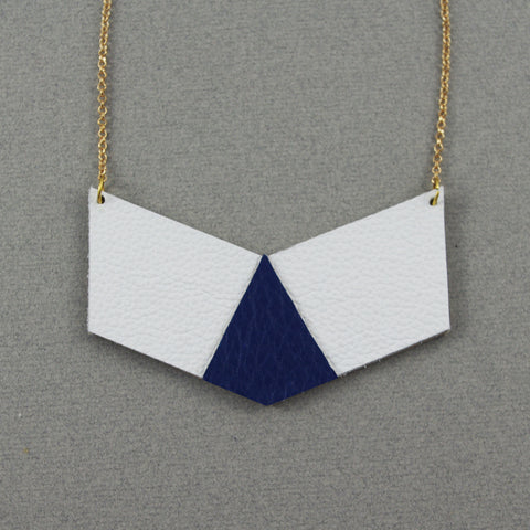 Blue Leather and Plated Gold Chain Maïté Necklace | Collier Maïté Bleu avec Chaîne Plaquée Or