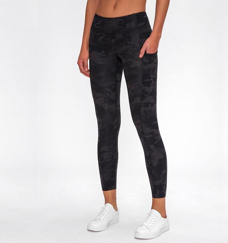 Performance Leggings with Pockets - TrueFeat