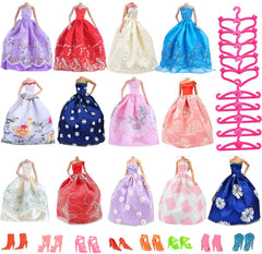 E-TING Lot 15 Items = 6 Pcs Fashion Gorgeous Princess Wedding Party Gown Dresses with Floral-Print Voile All Around + 10 Pair Shoes + 10 Pcs Hanger Accessories for Girl Doll