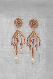 Basilica Pearl Earrings