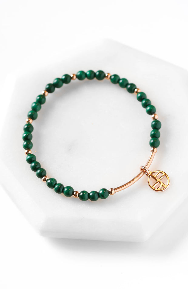 Honesty Green Coloured Beads And Silver Coloured Charms Elasticated Bracelet Fixing Prices According To Quality Of Products Bracelets