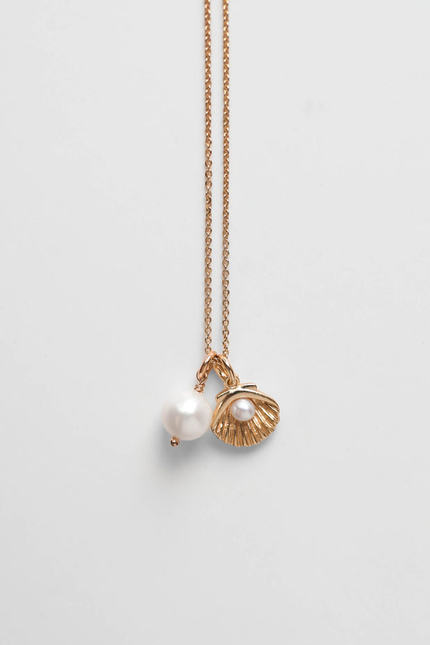 Shore Pearl Necklace