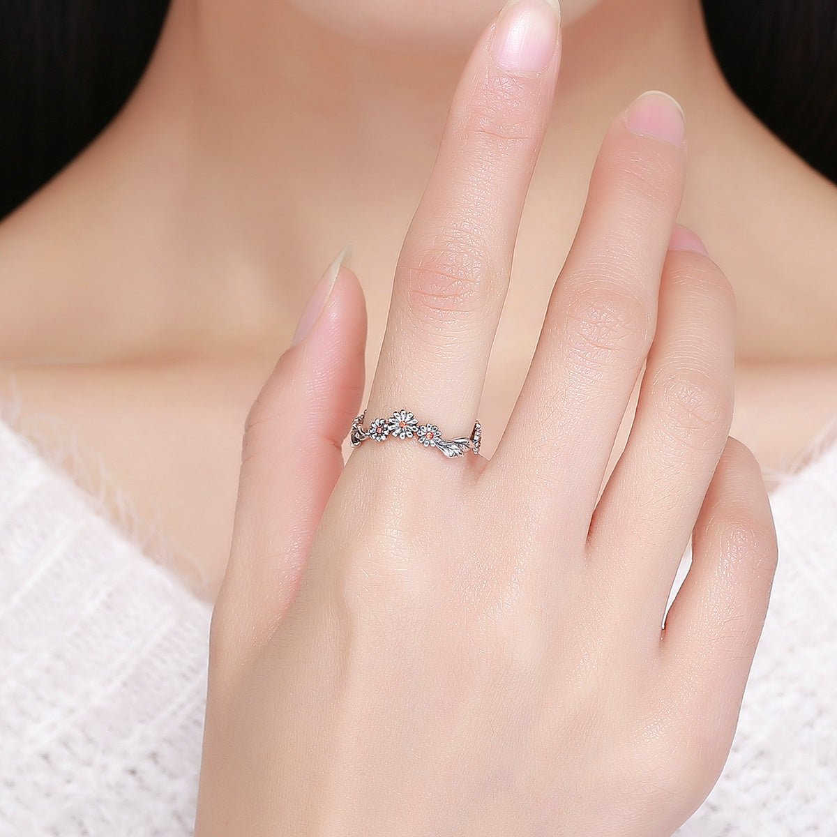diamond vine engagement gold twisted rings halo twist ring white tw cushion earth brilliant ct petite