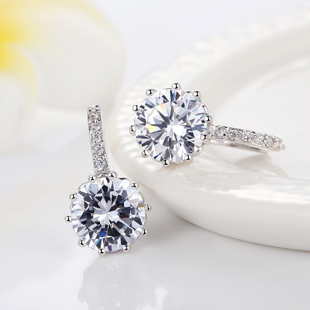 White Gold-Plated Clear Round Cubic Zirconia Wedding Discount Hoop Earrings YIE083