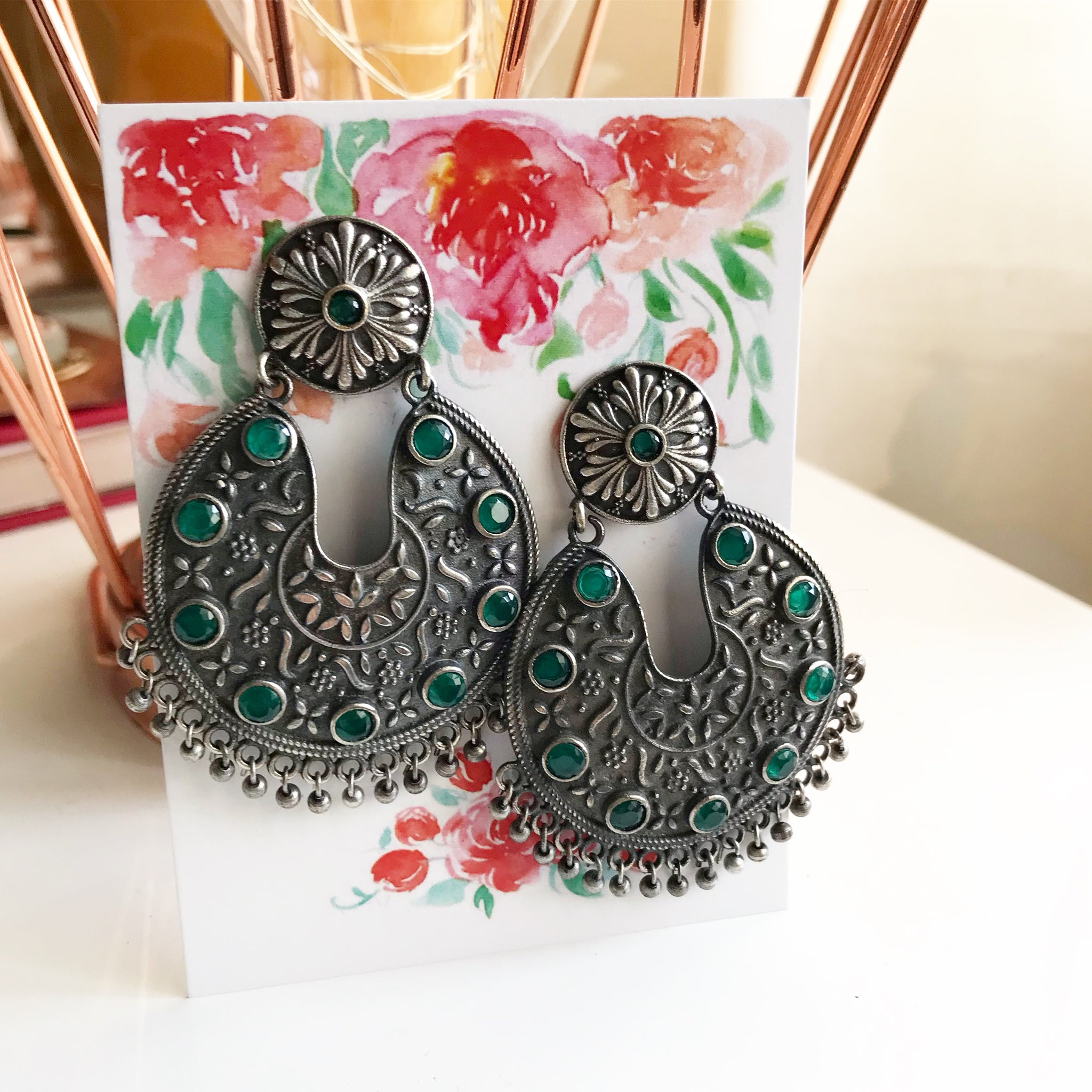 GS GREEN STONE SHIELD EARRINGS
