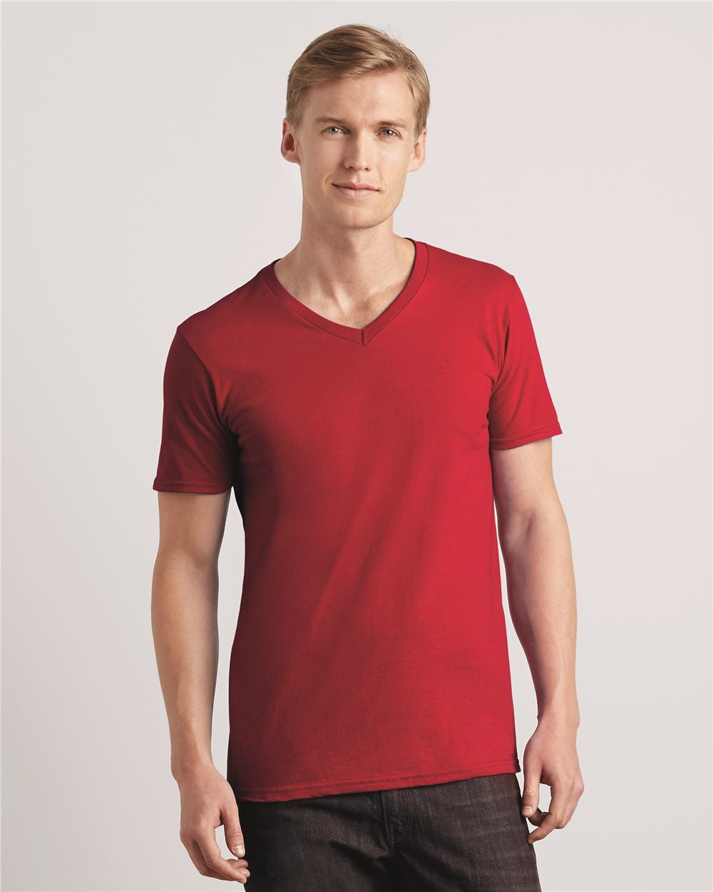 V Neck T-shirts by Fruit of the Loom - Discountedrack.com
