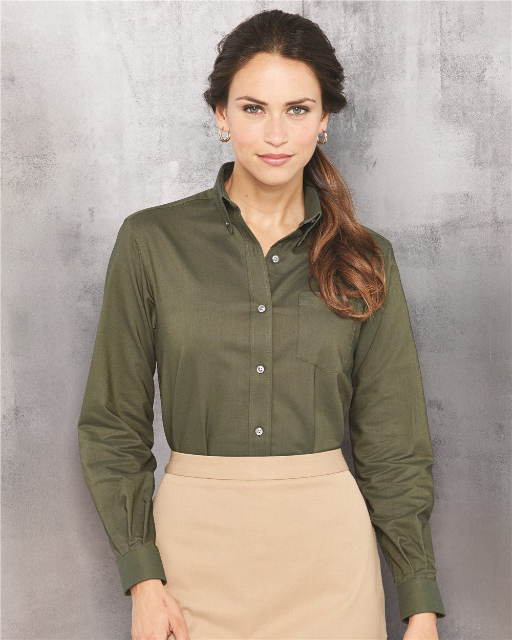 Ladies premium Oxford Shirts by van Heusen - Discountedrack.com
