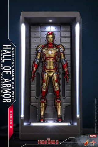 MMSC015 - Iron Man Mark XLII With Hall Of Armor Miniature Collectible - ActionCity