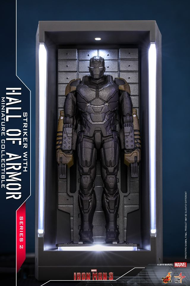 MMSC017 - Iron Man Striker With Hall Of Armor Miniature Collectible - ActionCity