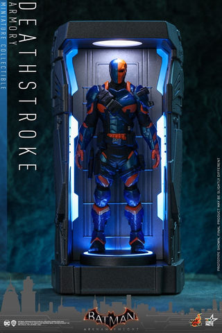VGMC014 - Deathstroke - Batman Armory Miniature Collectible - ActionCity