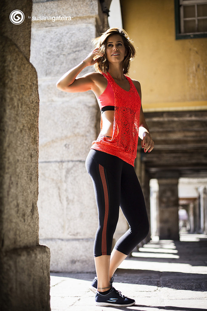 Power Fit Capri - European Activewear - Black/Red