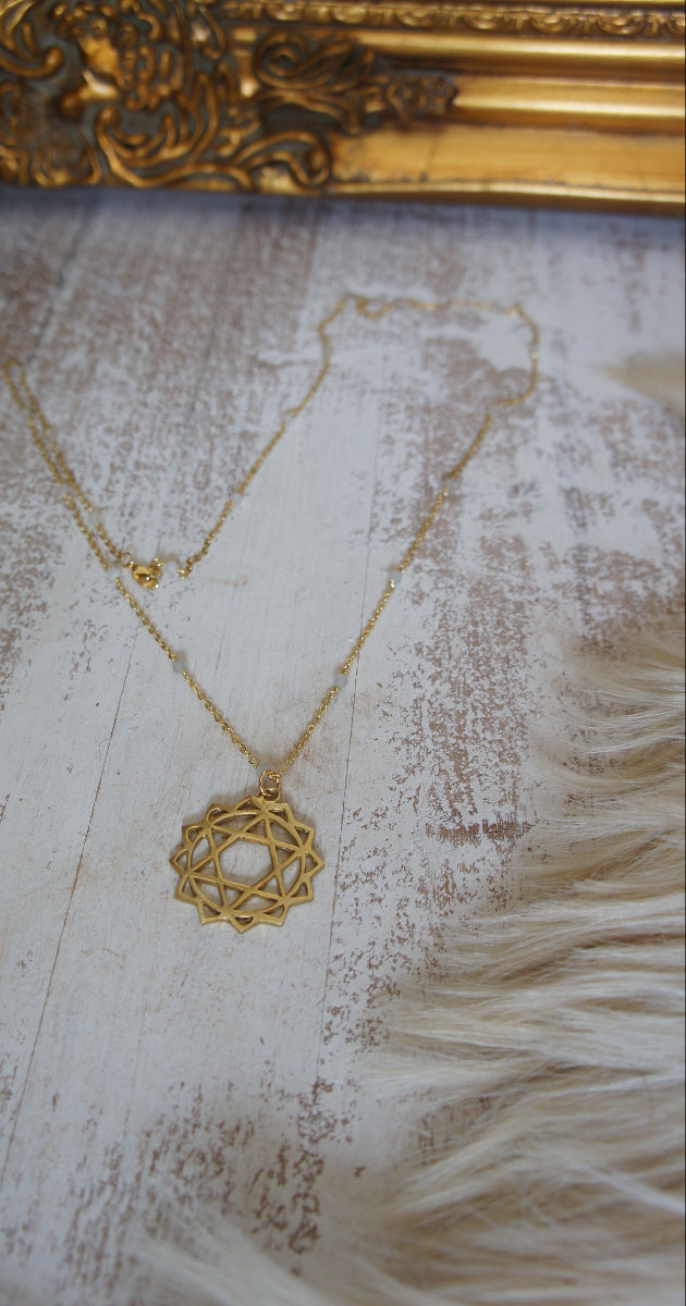Necklace Gold heart chakra amulet