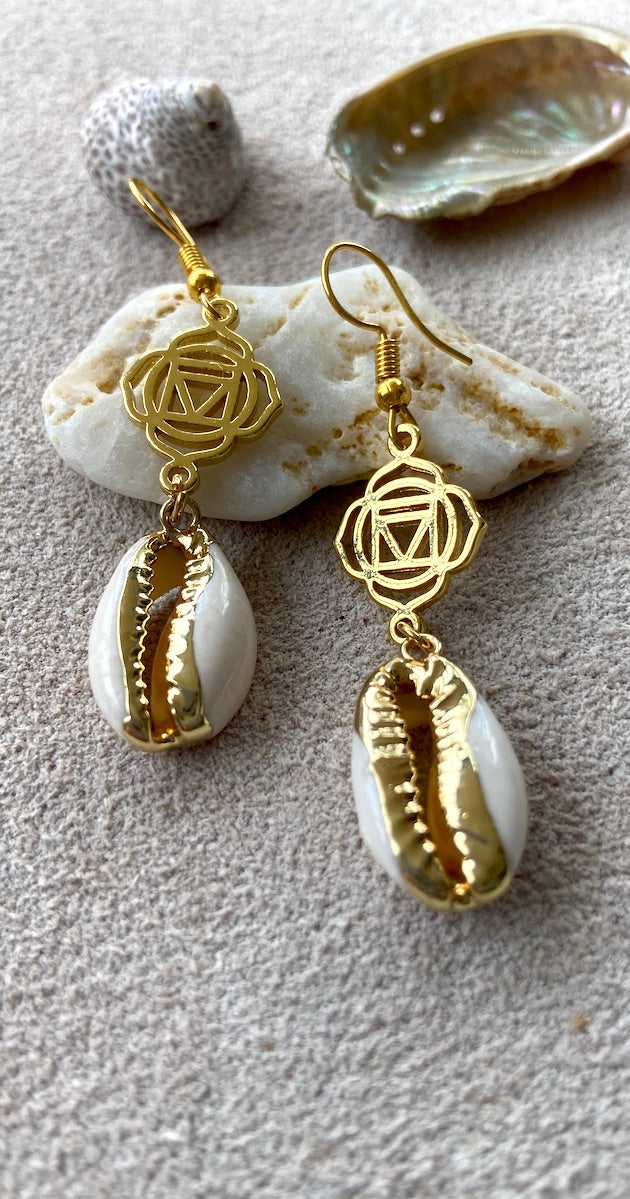 Bean shell Chakra Earrings