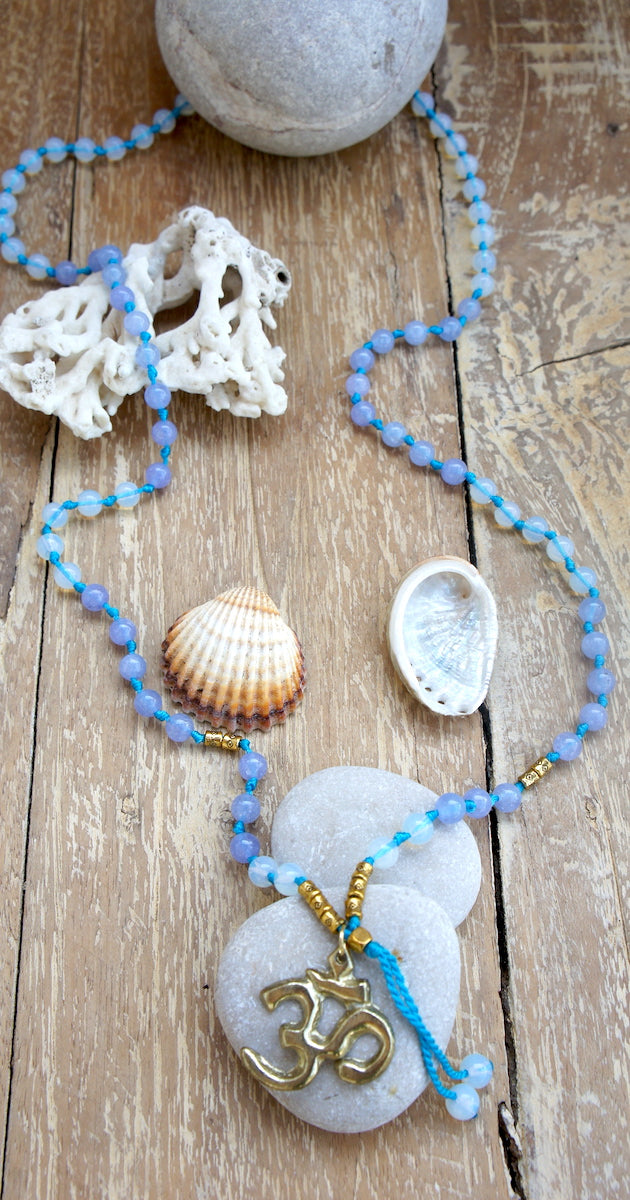 Ohm Agate Necklace