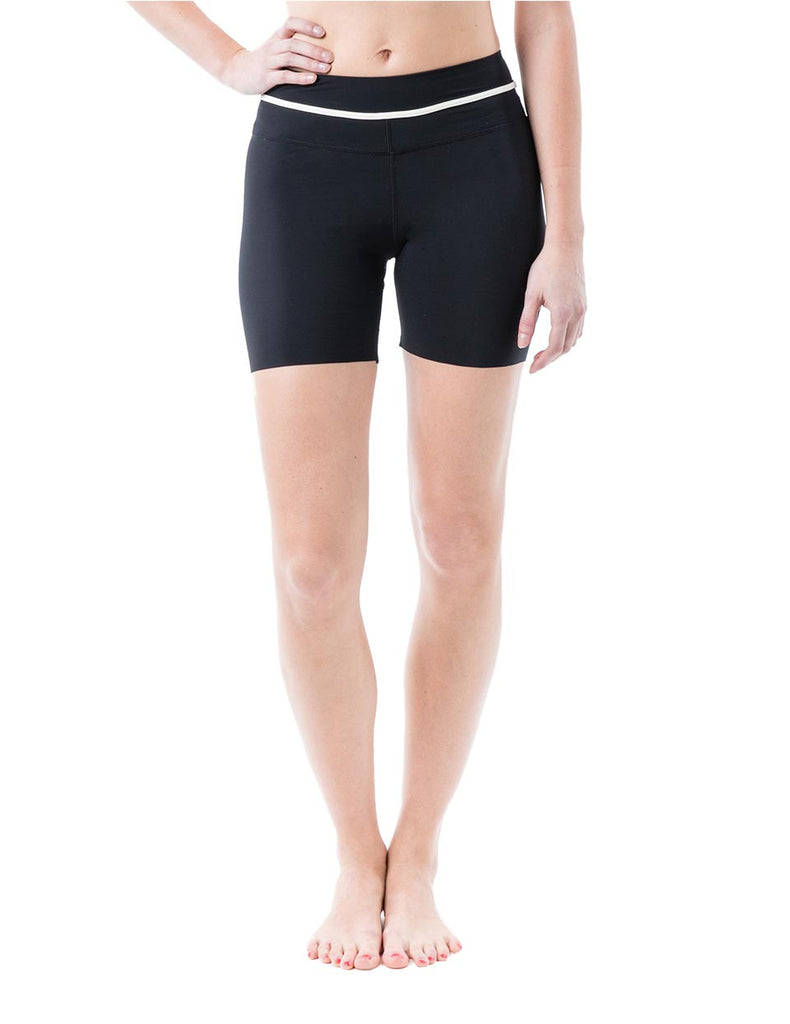 Zarie dream shorts with white pipping front - Online Leggings Hong Kong