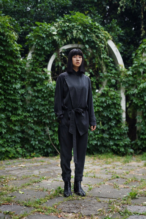 ROSEN Brontë Suit in Black Sandwashed Silk