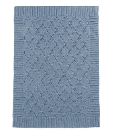 Cable knitted blanket blue