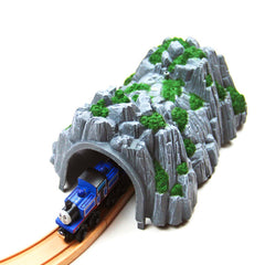 1:87 Sand Table Model Thomas front of the Train Tunnel Cave