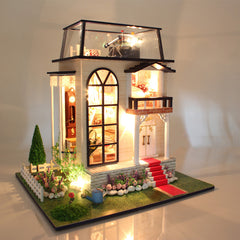 Hoomeda 13837 DIY Dollhouse Miniature Model With Light Music Motor Doll House