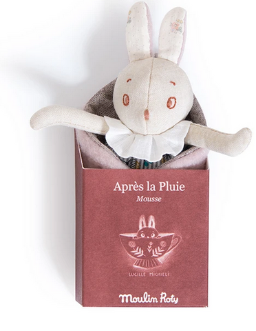 Moulin Roty Apres La Pluie Mousse bunny in a leaf