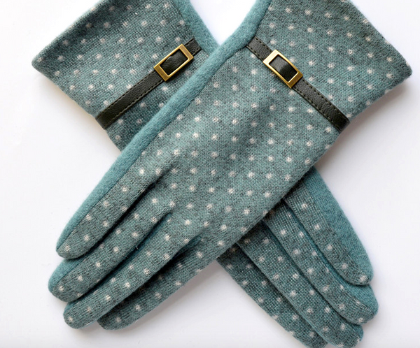 Embroidered Cashmere and Wool Mint Green Gloves