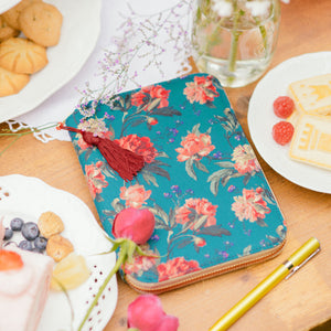 Hobonichi Techo 2019 Planner Liberty London Fabrics Decadent Blooms A6