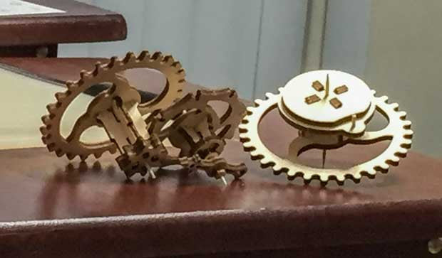 UGears Mechanical Etui and Dynamometer Review