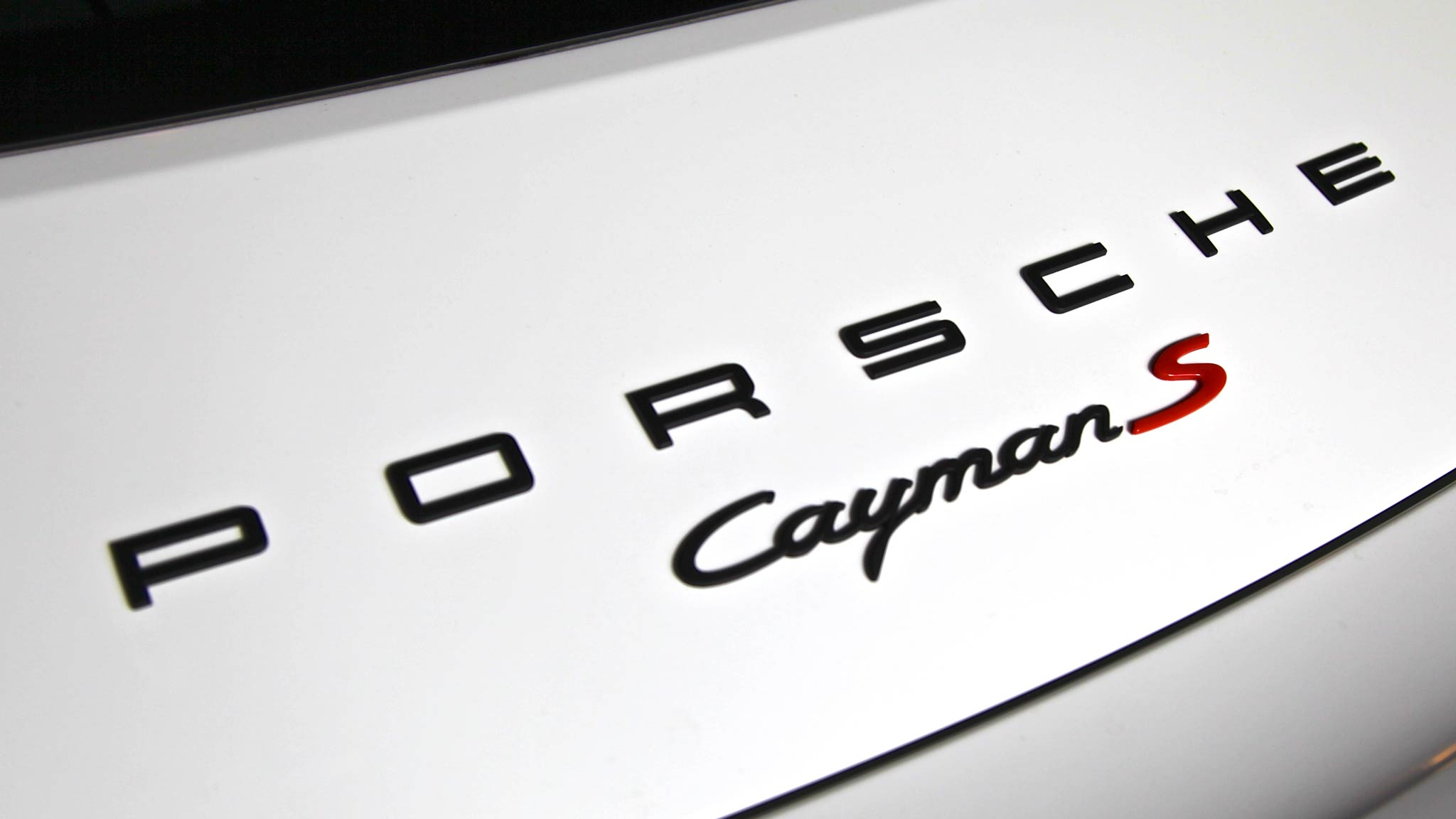 Caymans S Re-Badged, Close Up